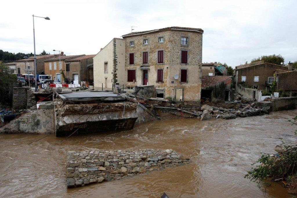 Повінь у Франції: частина країни пішла під воду, є жертви