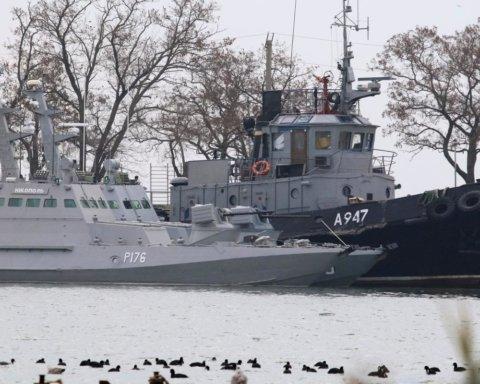 Росія повертає захоплені у Керченській протоці кораблі: всі подробиці