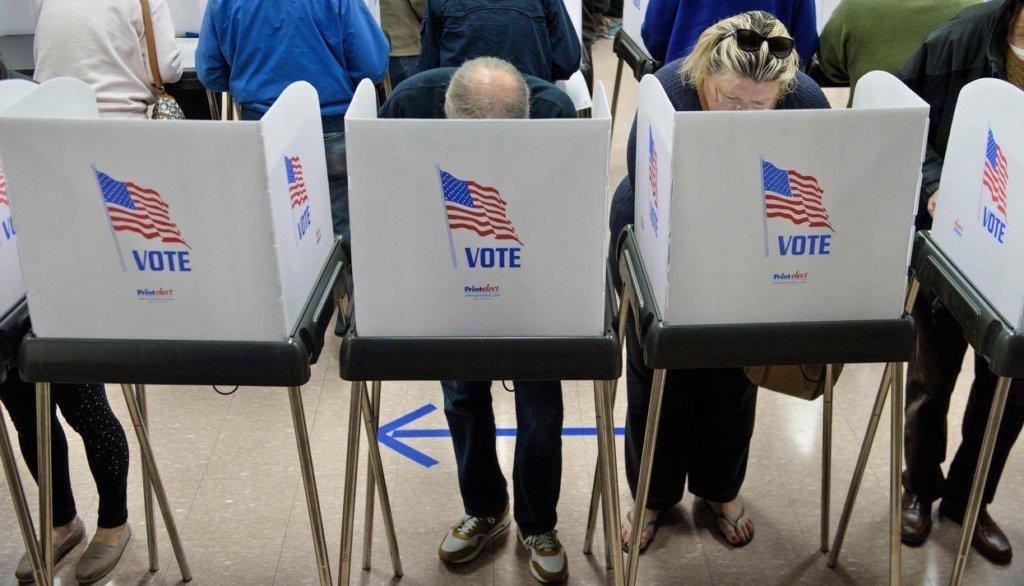 Вибори президента США: Берні Сандерс раптово вирвався уперед