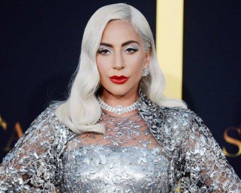 Леди Гага призналась в серьезных проблемах с психикой