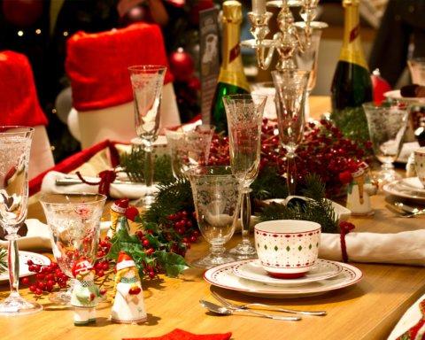Сколько стоит новогодний стол в Украине: названы суммы