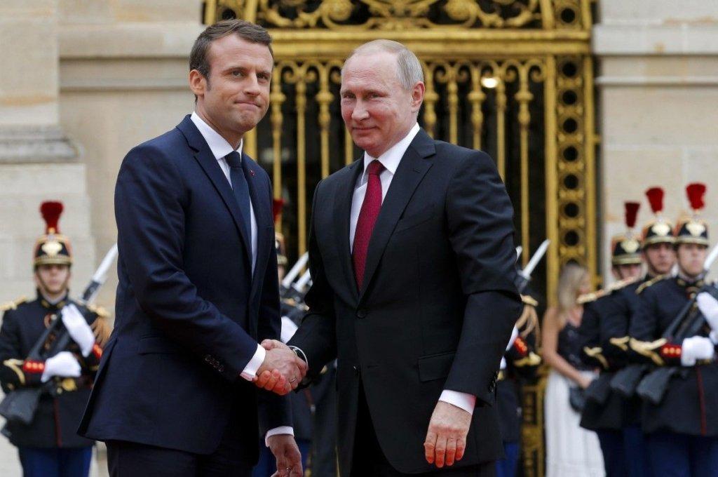 Путін та Макрон поговорили про Україну: всі подробиці