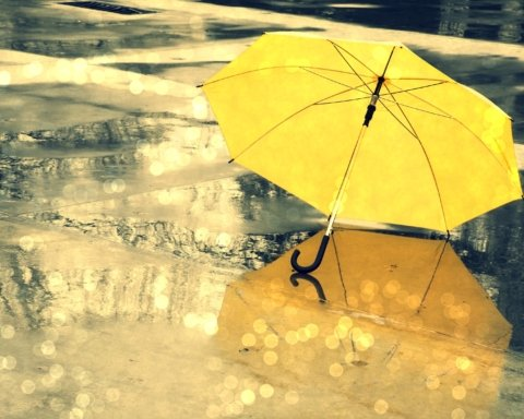 Дождь и мокрый снег: кому не повезет с погодой на выходные