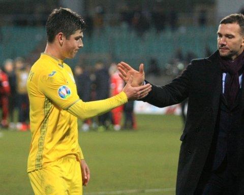 У лидера сборной Украины родилась дочь: самый главный гол в жизни