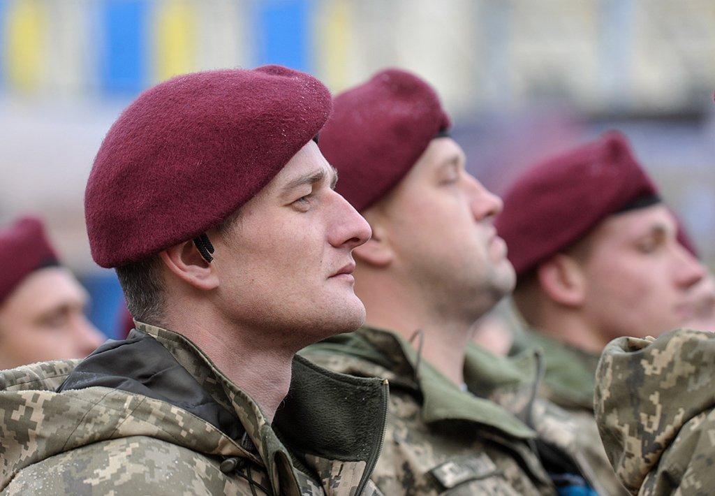 """День десантно-штурмових військ: українську """"крилату піхоту"""" привітали потужним відео"""