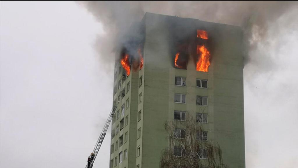В Словакии взорвался газ в многоэтажке: погибли люди