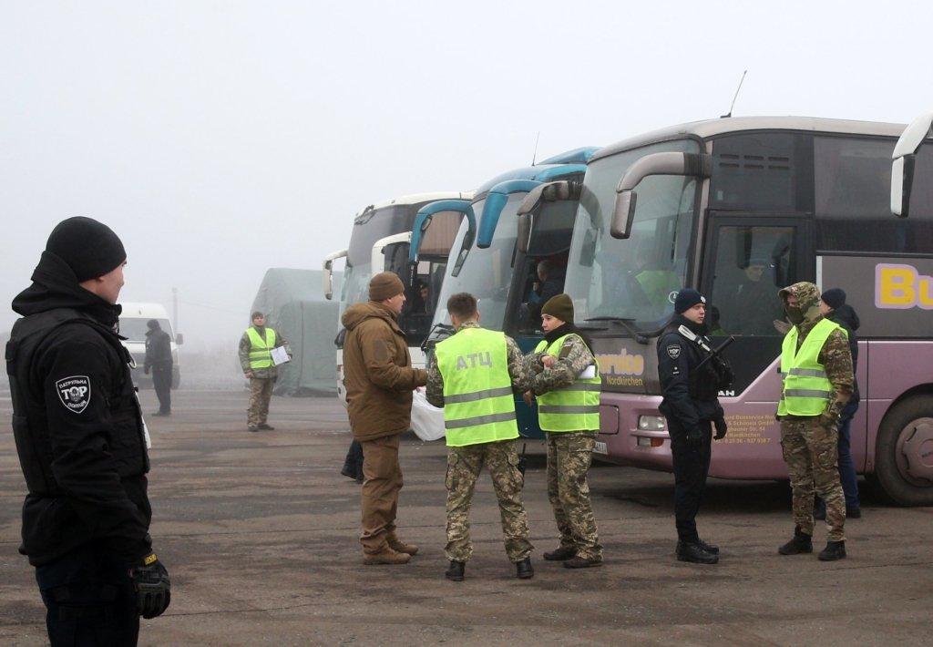 Кравчук заявил, что односторонней передачи пленных с Донбасса не будет