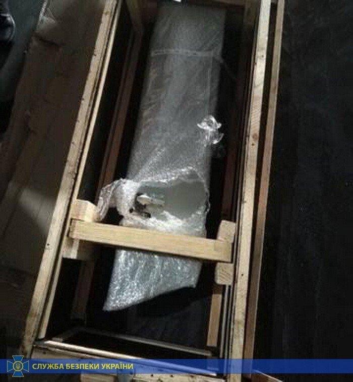СБУ викрила контрабандистів, які переправляли до Росії  обладнання до військових літаків