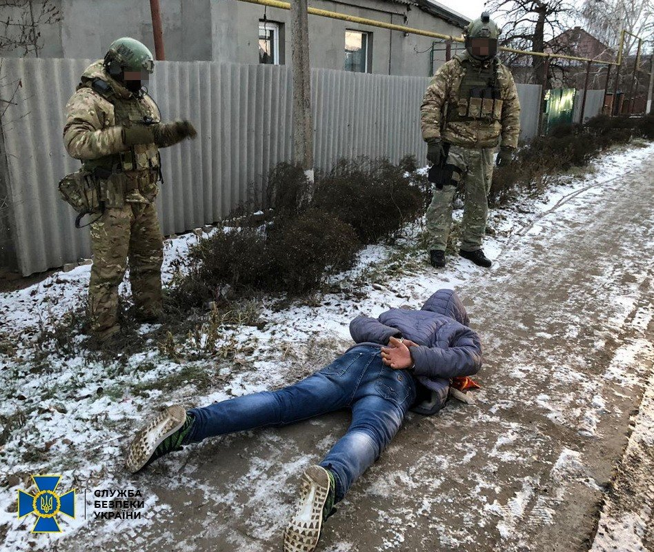 Суд відправив до в'язниці чоловіка, що готував теракт на замовлення кураторів з РФ