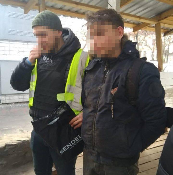 В Киеве парень изнасиловал школьницу: подробности и фото подозреваемого
