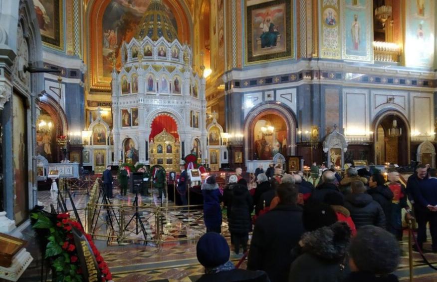 У Москві прощаються з екс-мером столиці РФ Юрієм Лужковим