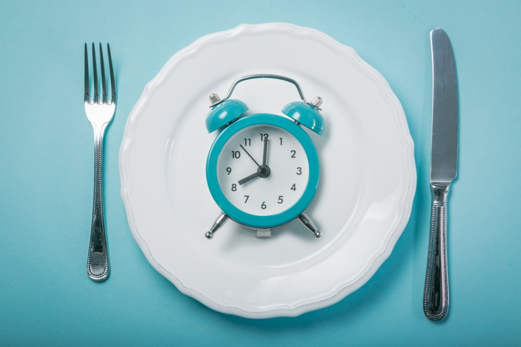 Диетолог «позволила» ужинать после 6 часов вечера