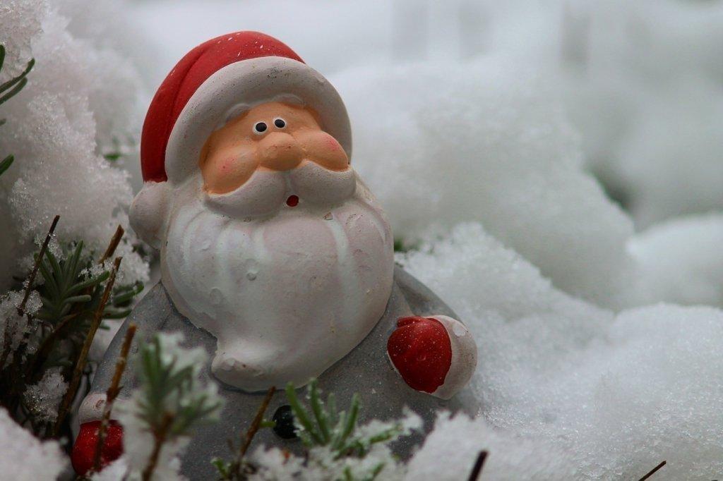Тепло, але вітряно: якою буде погода в Україні на День святого Миколая