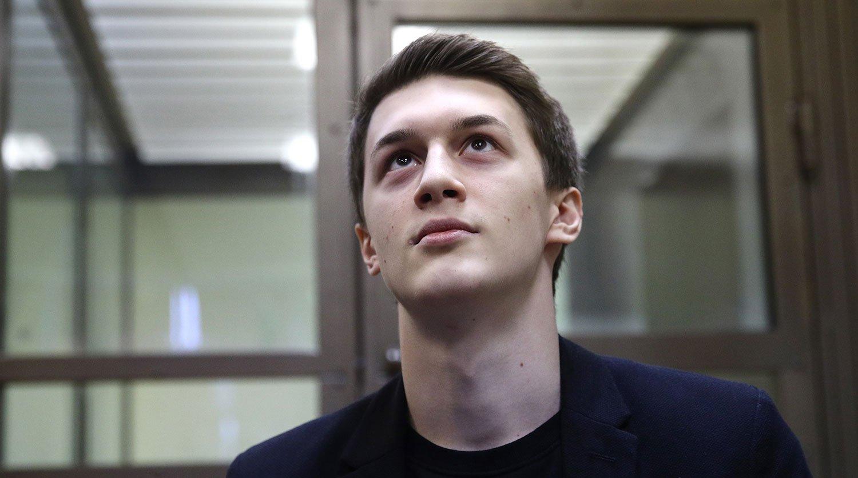 Зачем «Новая газета» пиарит Егора Жукова