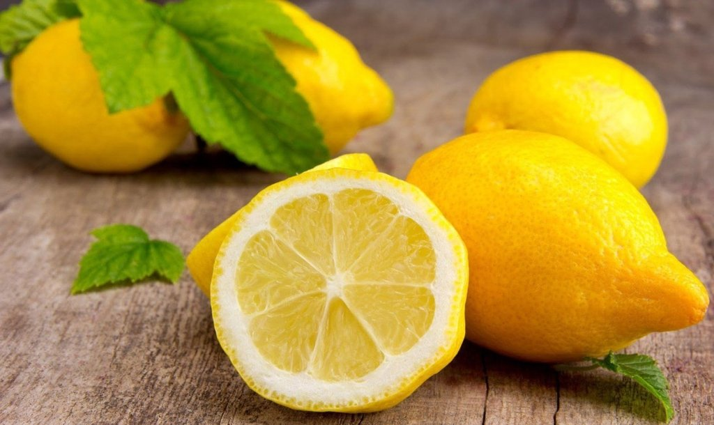 В Україні можуть зникнути лимони: названо причину