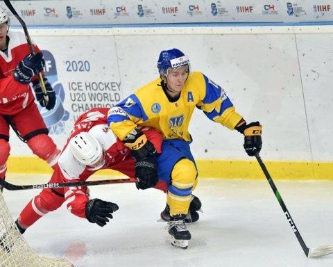 Сборная Украины по хоккею разгромила поляков на чемпионате мира