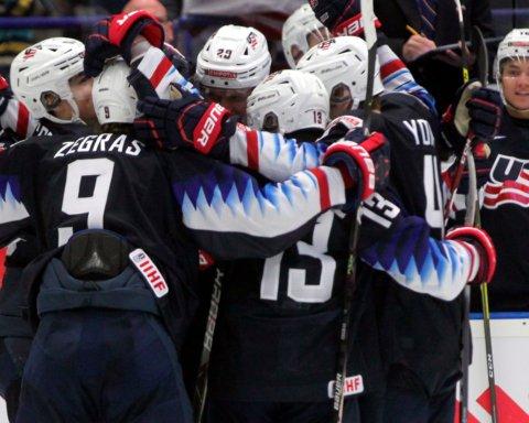 Збірна США красиво перемогла росіян на молодіжному чемпіонаті світу з хокею