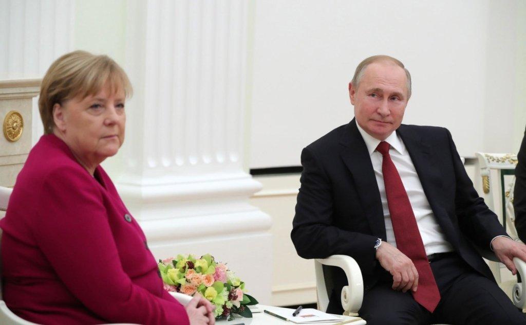 Меркель с Путиным встретились в Москве: о чем говорили