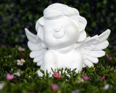 День ангела Миколи: гарні листівки та красиві привітання зі святом