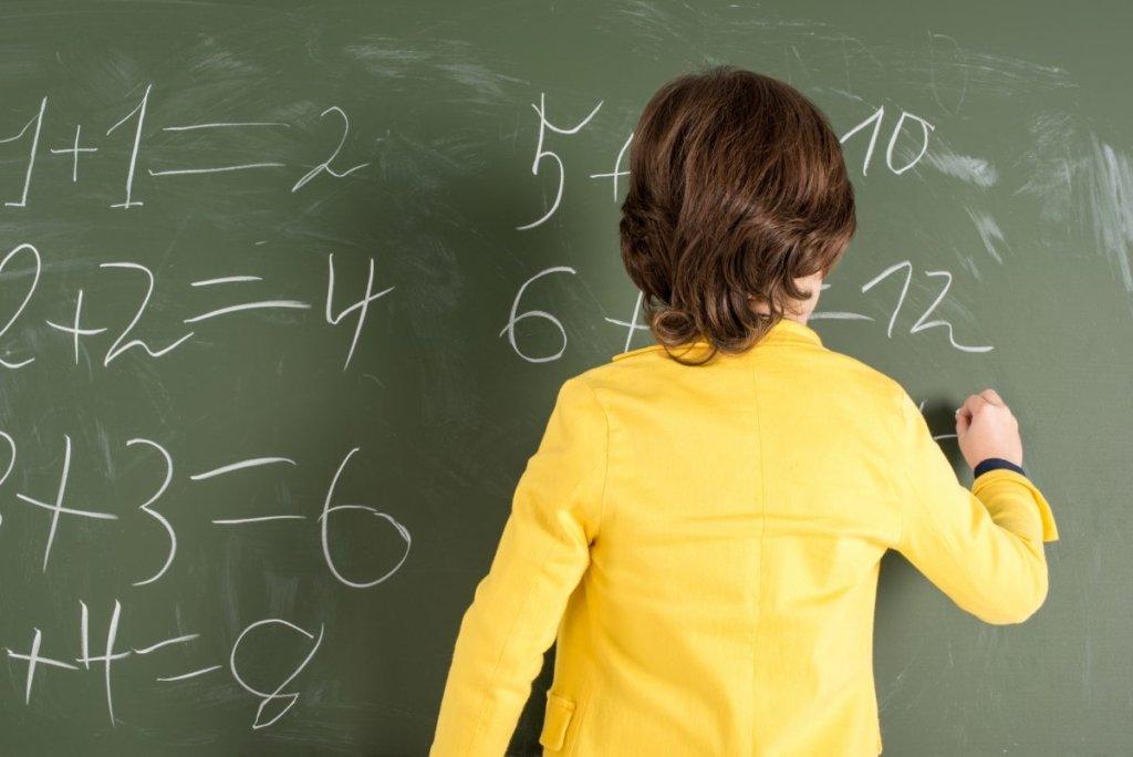 Школы в Украине могут перейти на дистанционное обучение осенью