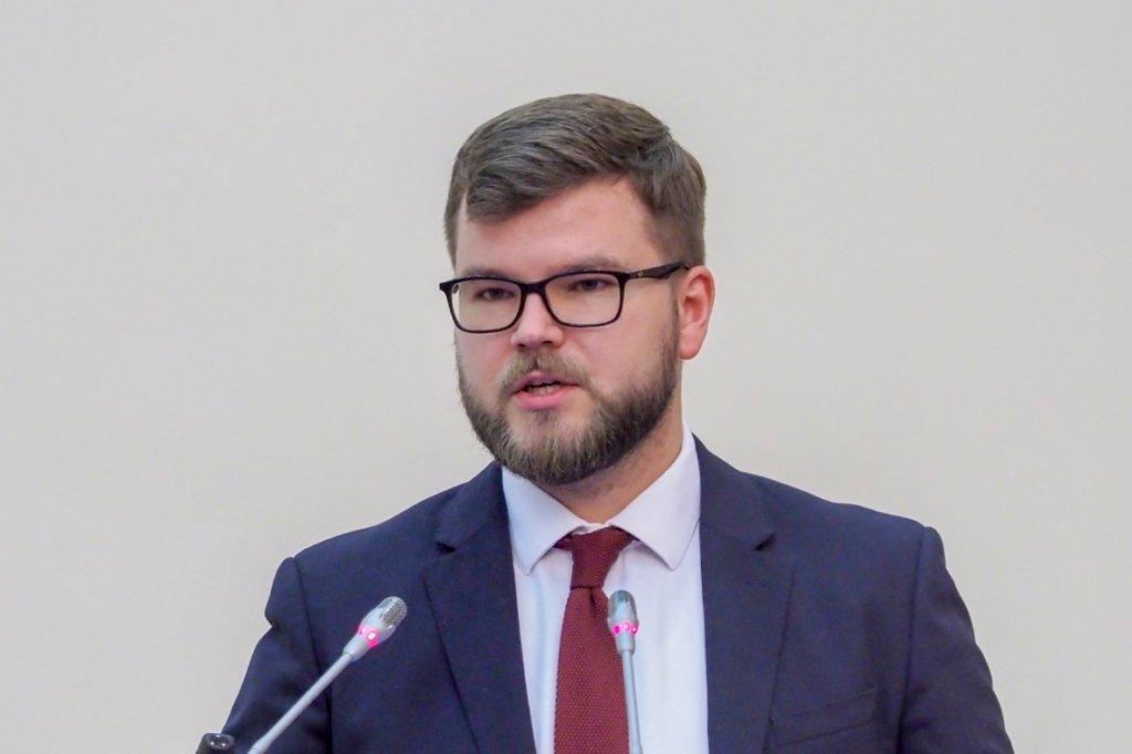 """Керівника """"Укрзалізниці"""" Кравцова звільнено: перші подробиці"""