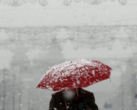 Повернеться зима: в неділю синоптики прогнозують жахливу погоду