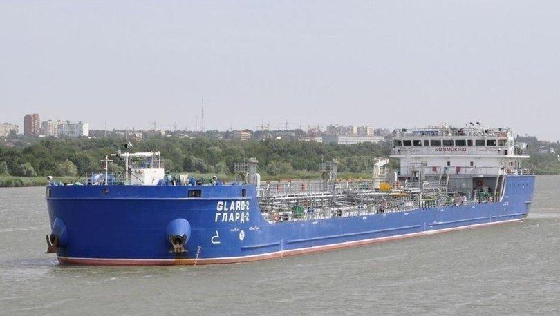 Танкер РФ протаранил судно с людьми в Черном море: первые подробности