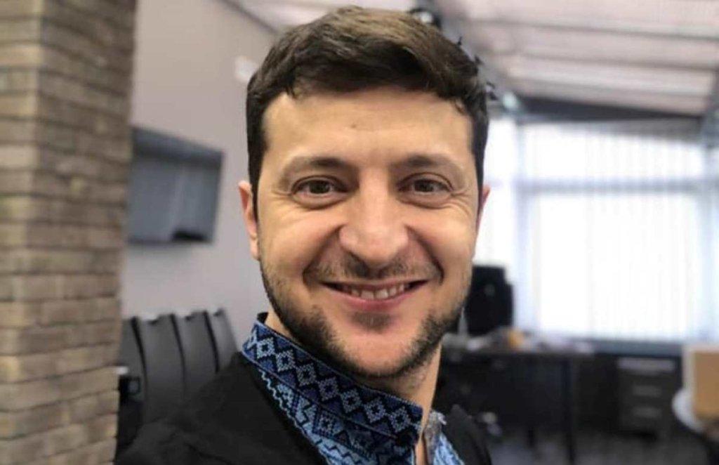 """""""Любов, краса та турбота"""": Зеленський привітав жінок з 8 березня"""