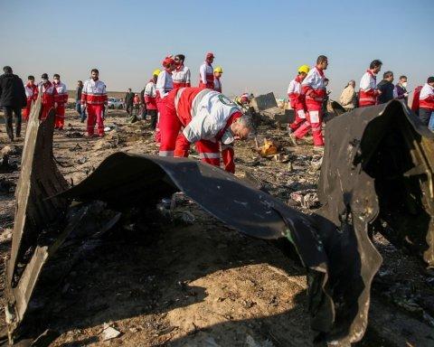 Иран просит прощения, а Украина – вернуть «черные ящики»: новые подробности катастрофы самолета МАУ