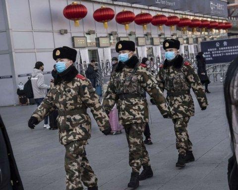 Украина срочно эвакуирует своих туристов из Китая из-за коронавируса