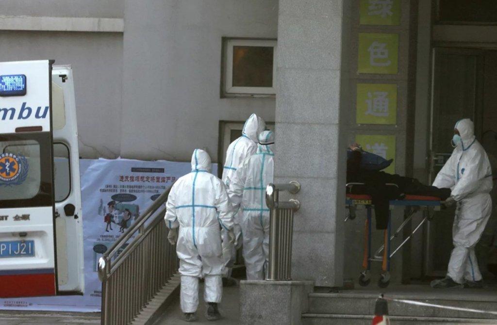 У Китаї різко зросла кількість загиблих від нового коронавіруса