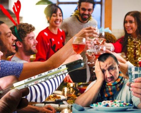 Ресторанам в Україні дозволили працювати в новорічну ніч до ранку