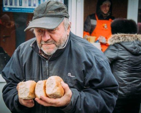 Десятки тысяч украинцев — на грани выживания: власти обнародовали ужасную статистику