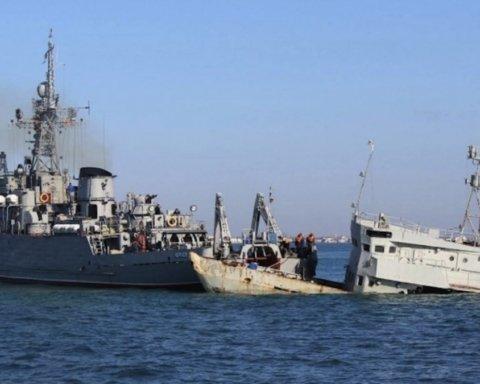 В оккупированном Крыму заметили захваченные украинские корабли ВМС