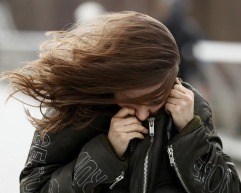 Синоптики попередили про погіршення погоди в Україні