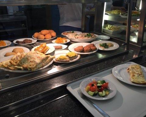 Чим годують у їдальні Верховної Ради: ціни та меню