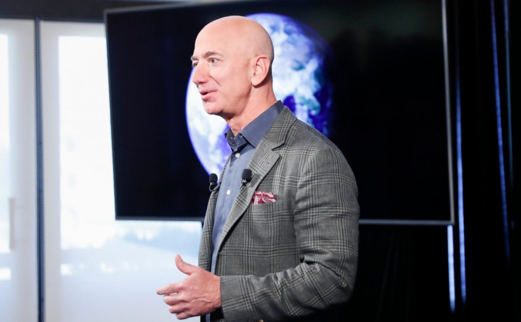 Власник Amazon виділив 10 мільярдів доларів на порятунок Землі