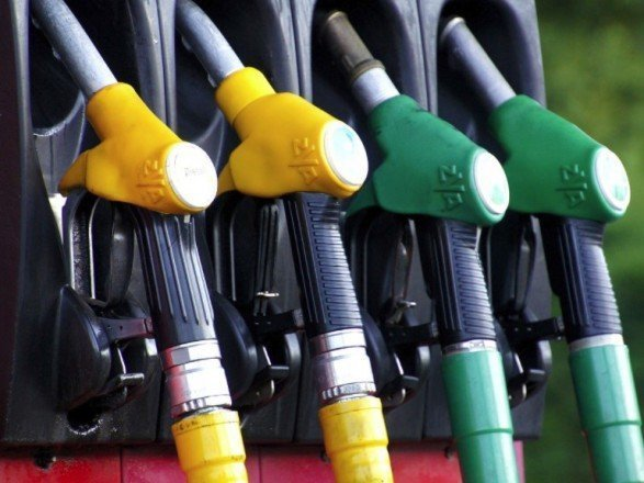 Цены на бензин могут резко возрасти: названа причина