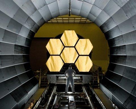 Ученые не могут запустить телескоп «Джеймс Уэбб», который должен перевернуть астрономию