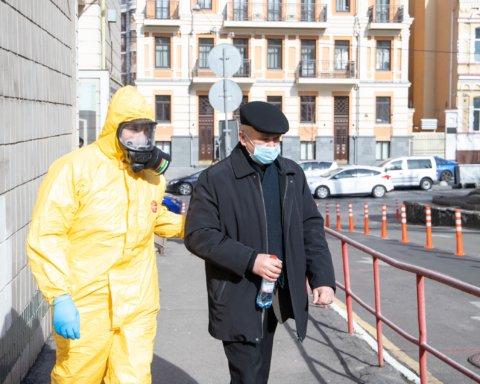 Стало известно, в каком состоянии больные коронавирусом украинцы