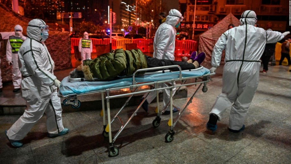 Коронавирус продолжает атаку: сколько человек умерли