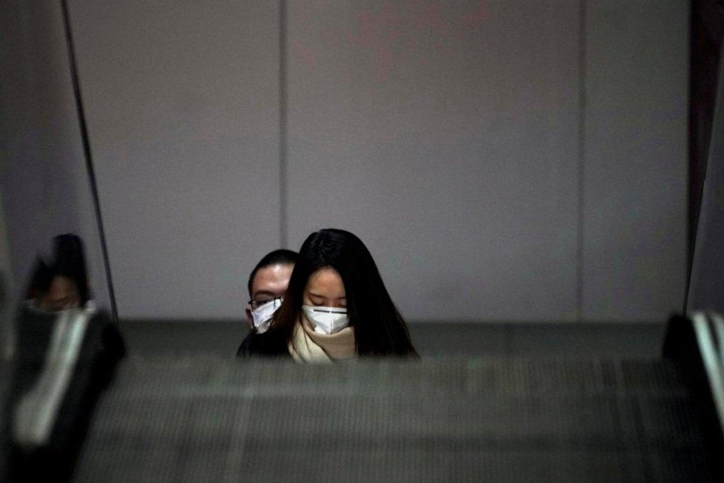 Не маска: лікар назвав найефективніший захист від коронавірусу