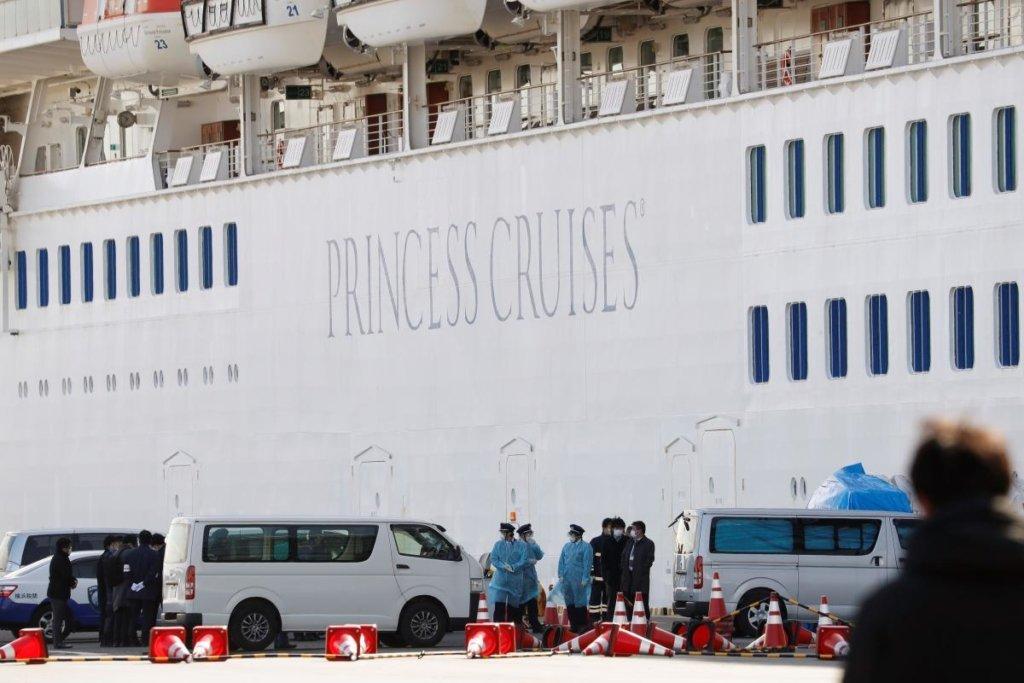 Украинцы с лайнера Diamond Princess, который охватил вспышка коронавируса, не хотят возвращаться