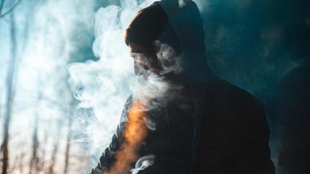 Сигарети зникнуть з вітрин: у Раді приготували жорсткий закон для курців