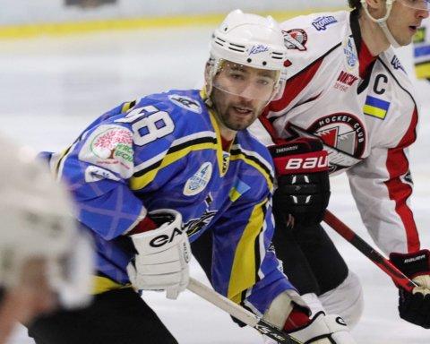 Хокеїст херсонського Дніпра закинув фантастичну шайбу в УХЛ