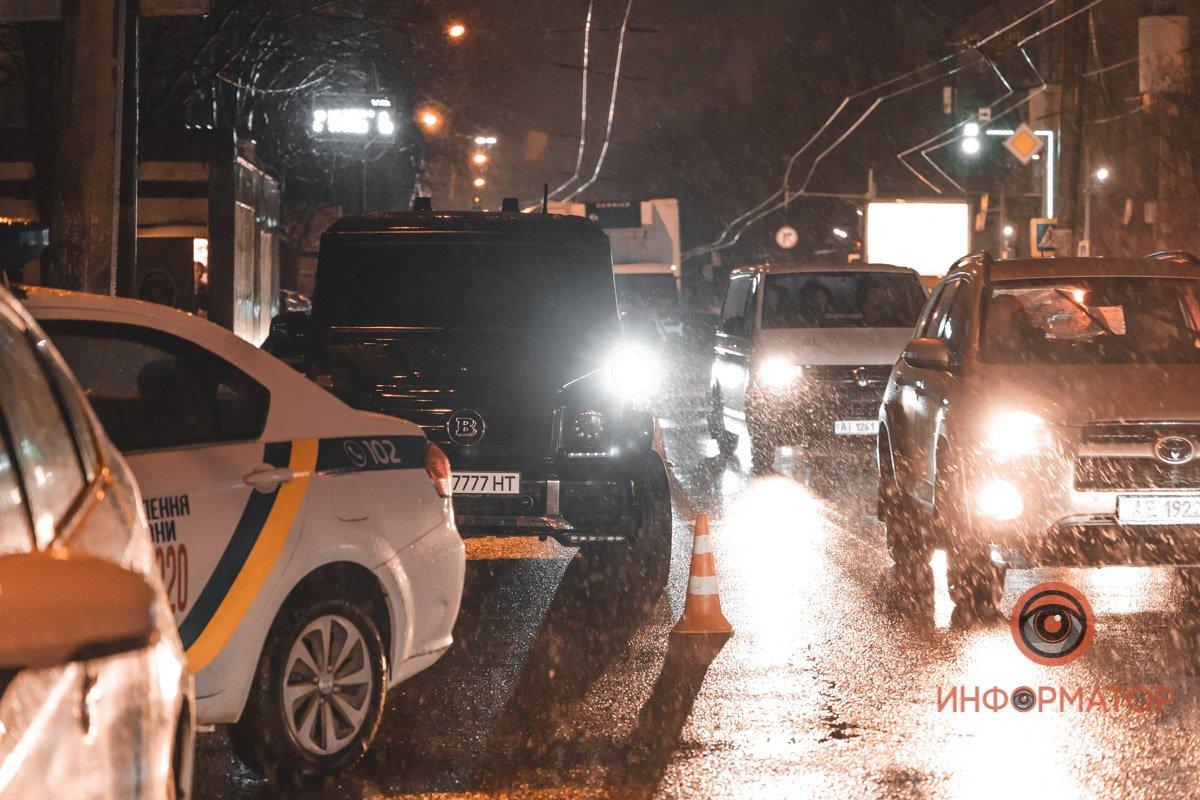 У Дніпрі сталася стрілянина біля школи: перші подробиці та відео з місця