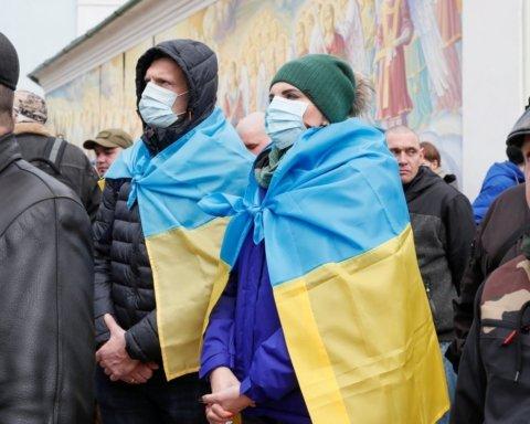 Украинцев хотят сажать за заражение других и несоблюдение карантина