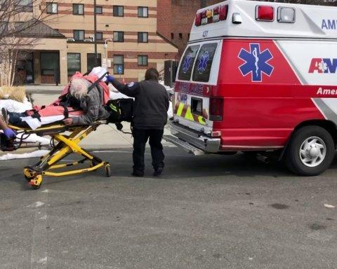 У США дитина 16 годин пробула з трупом померлої від COVID-19 матері