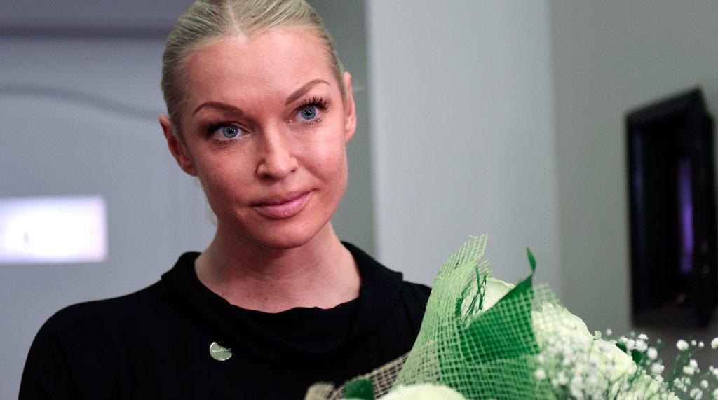 Волочкова влаштувала свято з небезпечним сухим льодом: у мережі розлютилися
