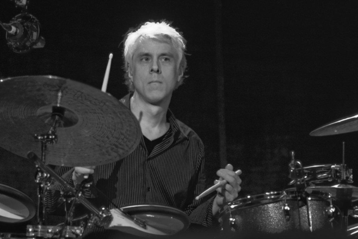 Помер барабанщик культової групи King Crimson
